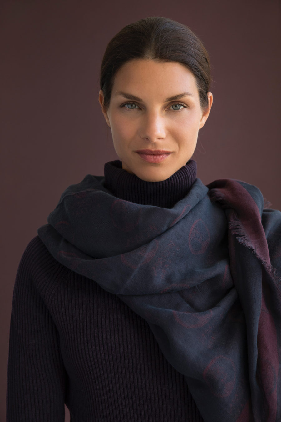 WbE scarf